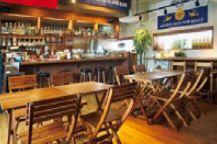 Bee Shrimp & Café Kokomoca