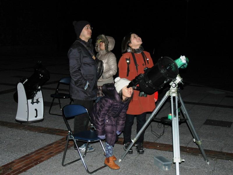 星空観察会~月とオリオン大星雲を見よう~